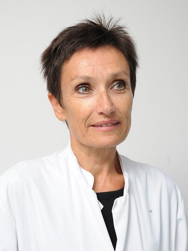 Dr. Nadine DOHOLLOU
